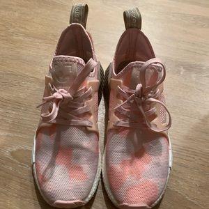 adidas pink camo boost